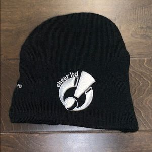 Varsity Cheer Ltd beanie cap with ponytail opening